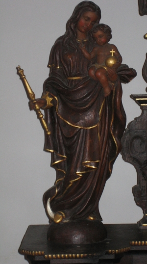 10. Statue der hl. Mutter Gottes