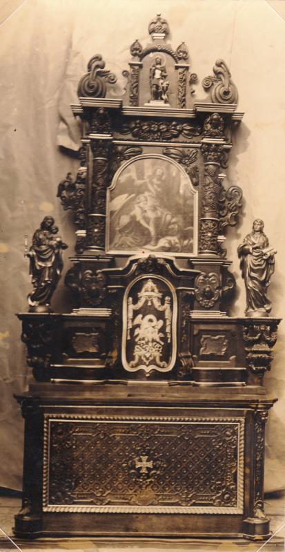 Altar nach Erneuerung durch C. Walter in Trier